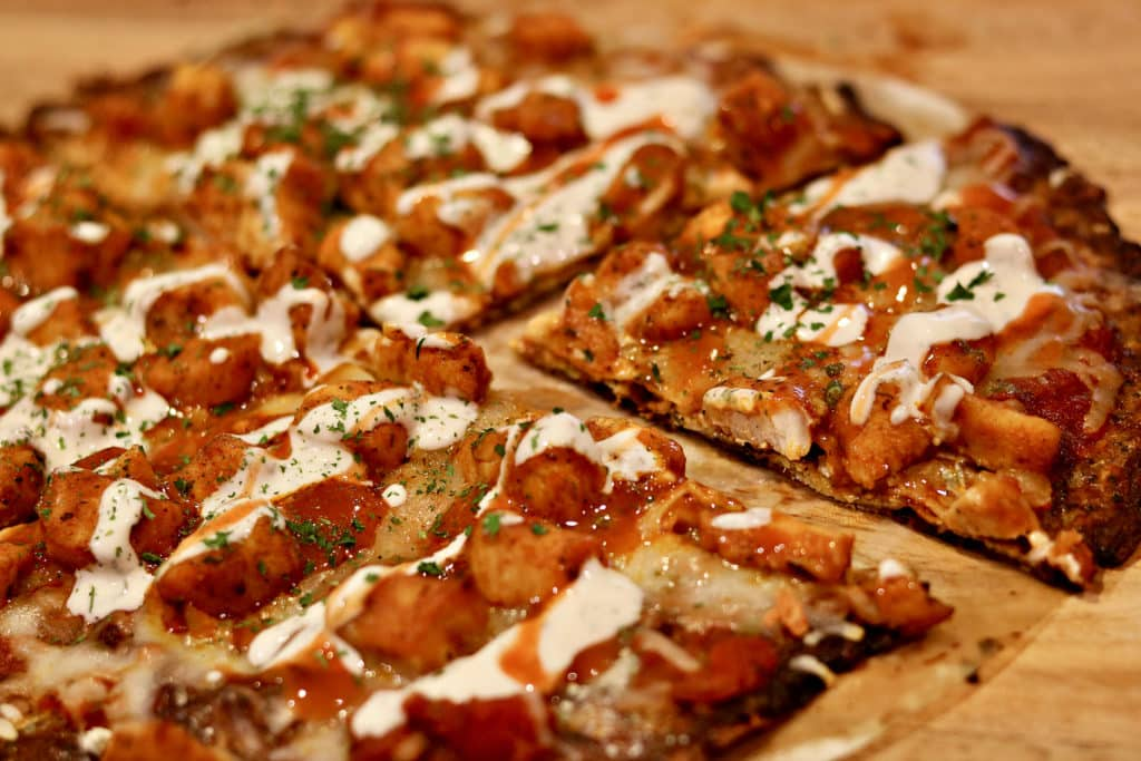 Buffalo Chicken Pizza W Cauliflower Pizza Crust Keto Low Carb Dr Davinah S Eats