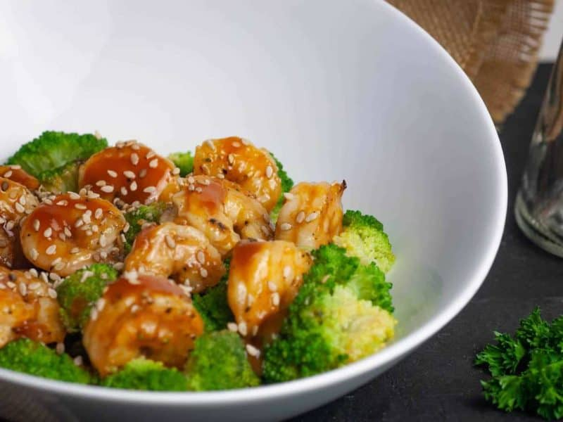 Keto General Tso Shrimp recipe in a bowl