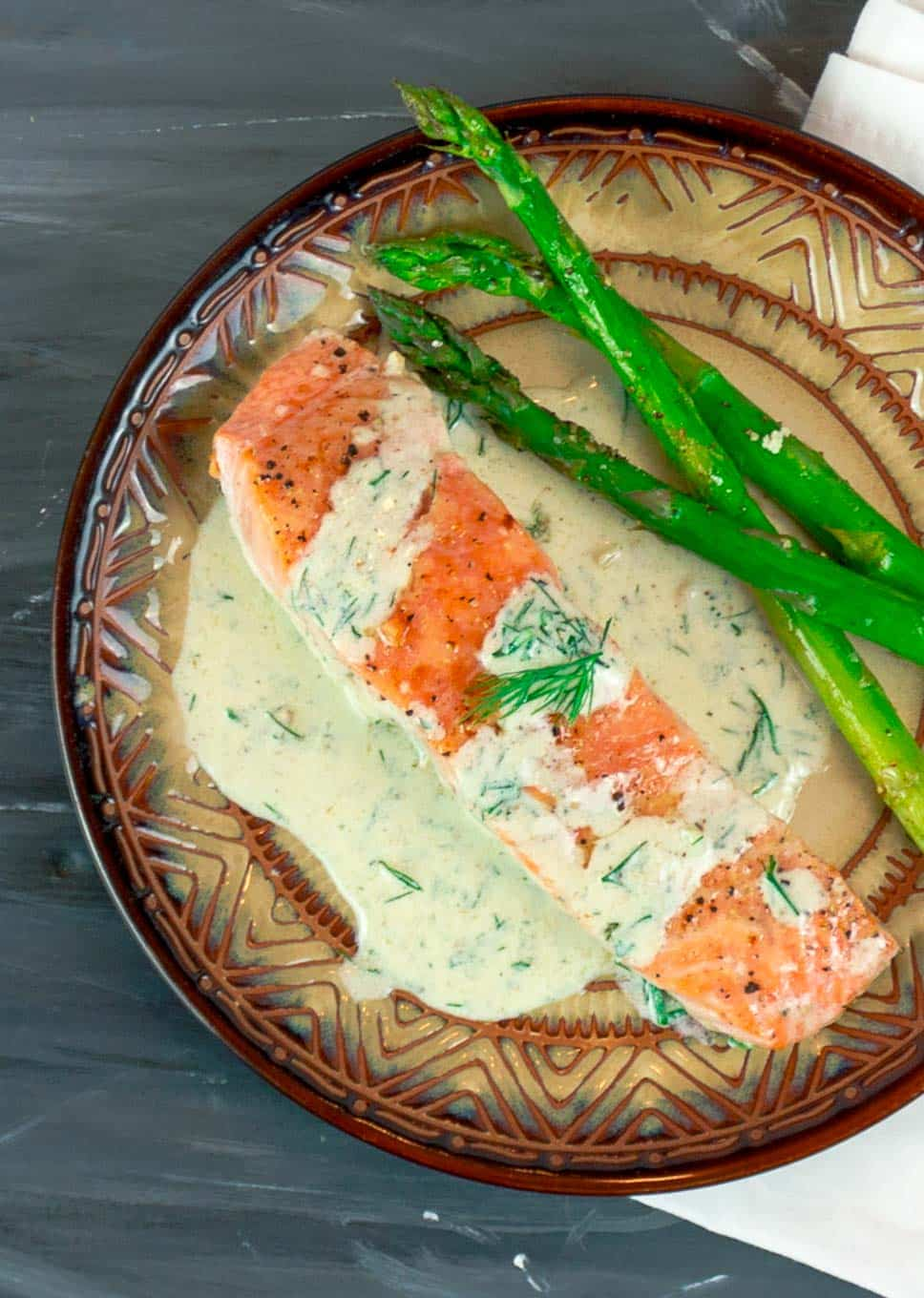 Easy Pan Seared Salmon with Creamy Dill Sauce