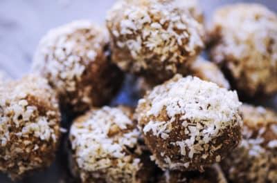 Vegan coconut bliss balls