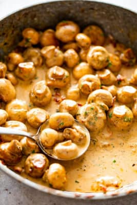 Creamy Garlic Mushrooms In Pan