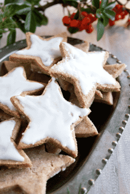CINNAMON STARS (GERMAN CHRISTMAS COOKIES)