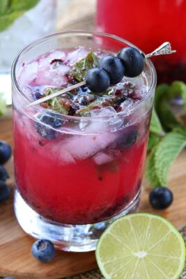 Low-Carb Blueberry Mojito in a glass